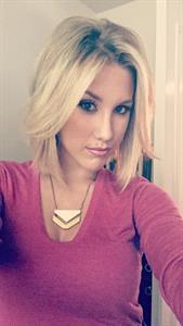 Savannah Chrisley taking a selfie