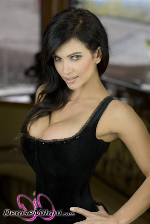 Denise Milanis Pictures Hotness Rating  96610-7890