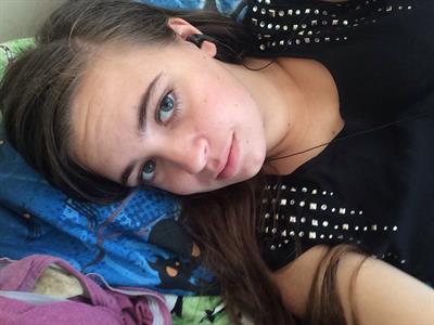 Emma taking a selfie