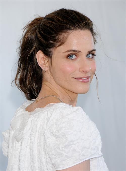 Amanda Peet Film Independent Spirit awards at Santa Monica Beach on February 26, 2011