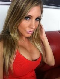 Sexy MILF Samantha Saint sucks on a huge cock as well as licking the ball sac № 1558662 бесплатно