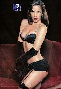 Natalia Oreiro in lingerie