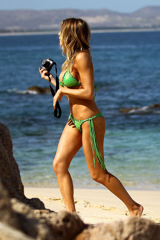 Leann barwick bikini pictures — img 4