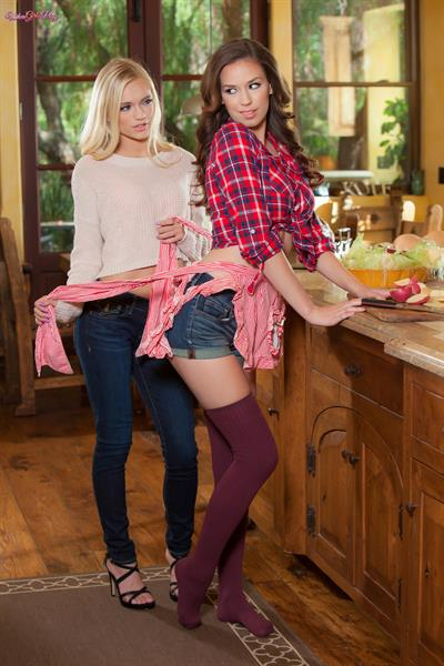 What's Cookin'?.. featuring Alex Grey, Madi Meadows | Twistys.com