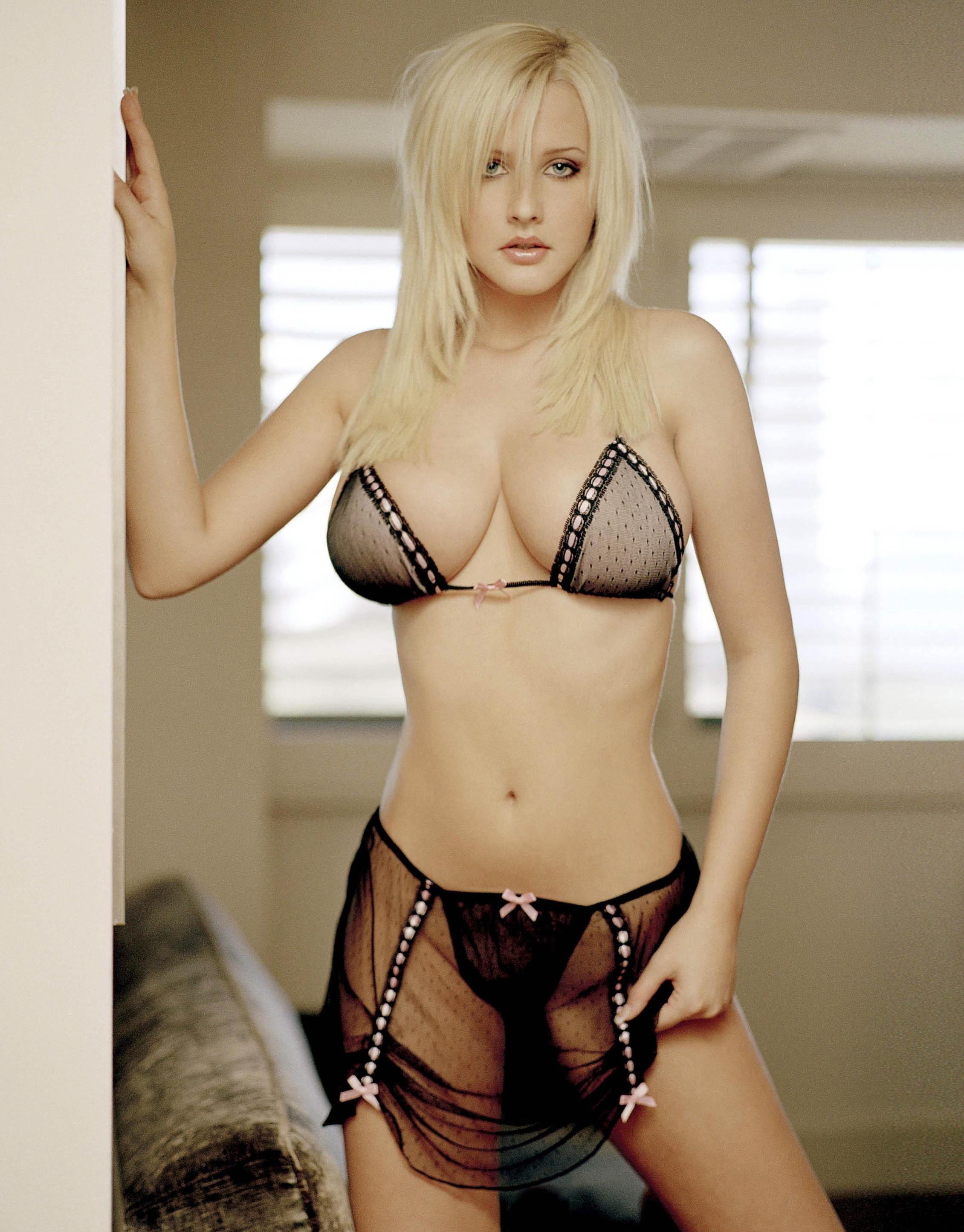 Michelle Marsh in lingerie
