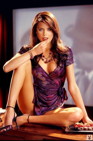 Sandra Nilsson in lingerie