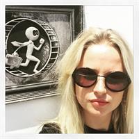 Genevieve Morton taking a selfie