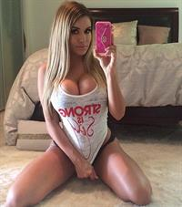 Chantel Zales taking a selfie
