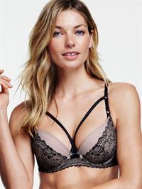 Jessica Hart in lingerie
