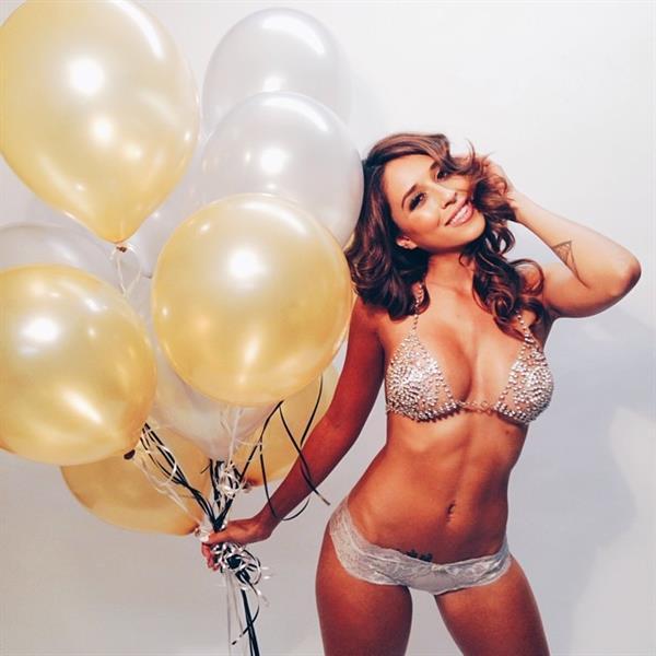 Tianna Gregory balloons