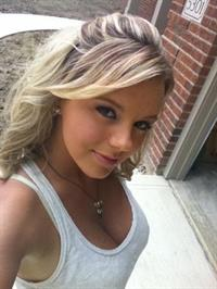 Bree Olson taking a selfie