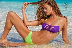Nina Agdal - Sports Illustrated Swimsuit 2014