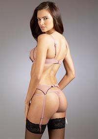 Jennifer Lamiraqui in lingerie - ass
