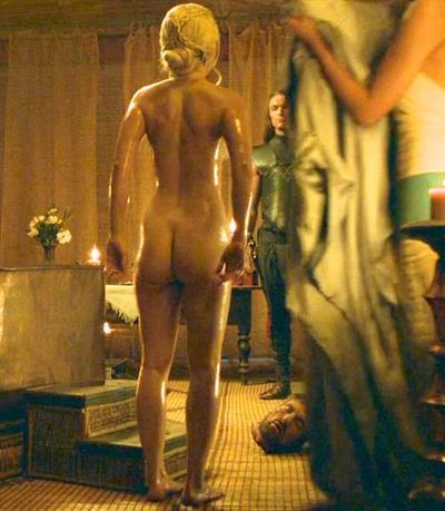 Emilia Clarke - ass