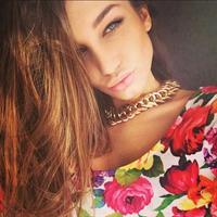Anna Vyacheslavovna taking a selfie