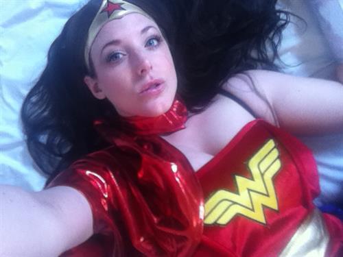 Angela White taking a selfie