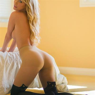 Sara Jean Underwood - ass