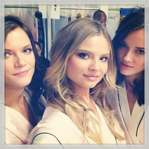 Magdalena Frackowiak taking a selfie