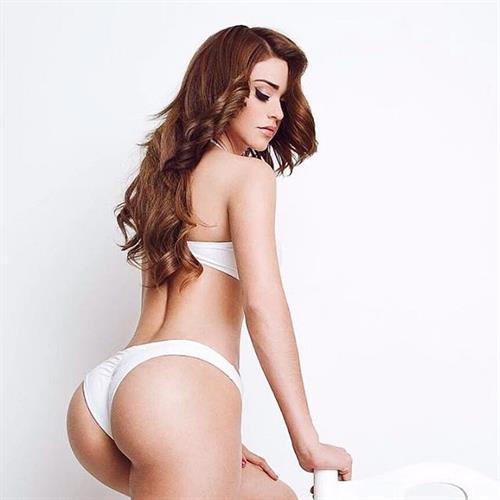 Yanet Garcia in a bikini - ass