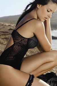 Daniela Pinedo in lingerie