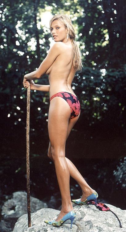 Veronika Vařeková in a bikini - ass