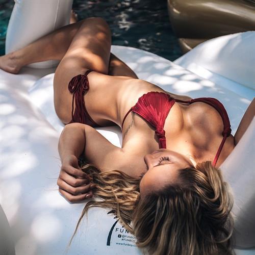 Sydney A Maler in a bikini