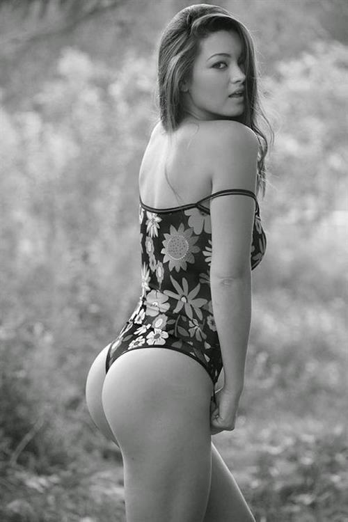 Chelsie Aryn Miller - ass