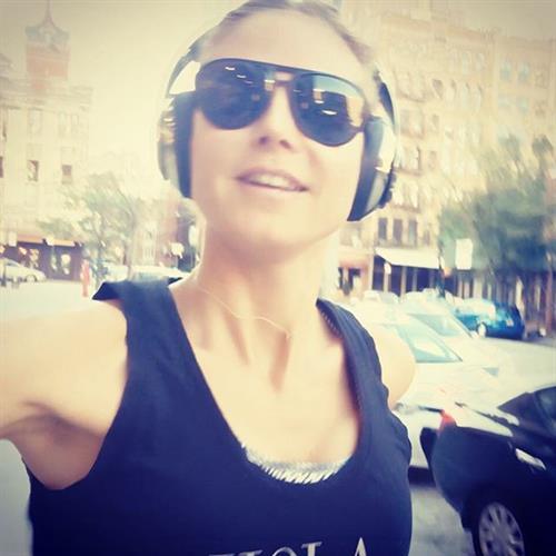 Heidi Klum taking a selfie