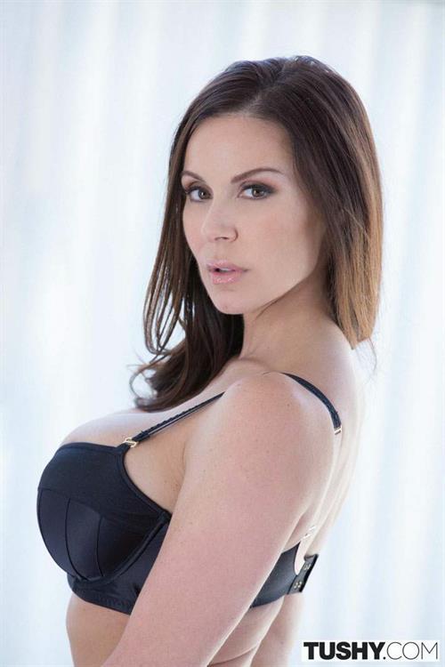 Kendra Lust in lingerie