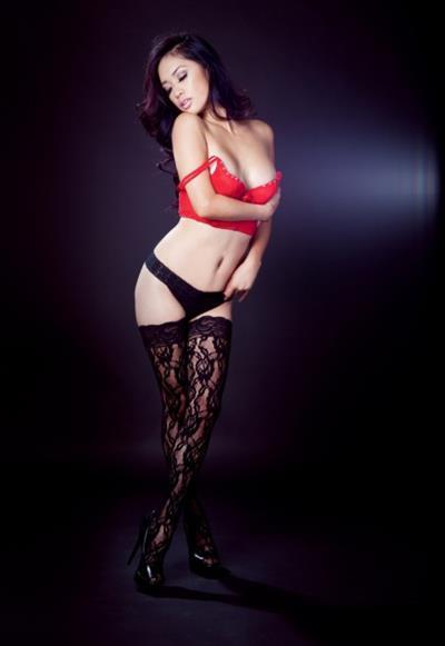 Ashley Vee in lingerie