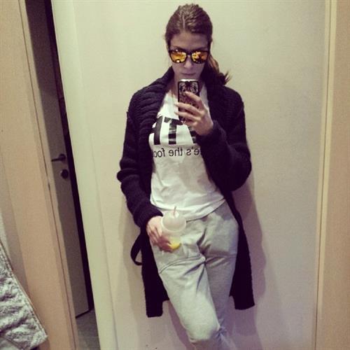 Ivana Španović taking a selfie