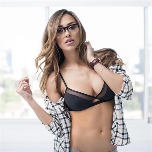 Ana Cheri in lingerie