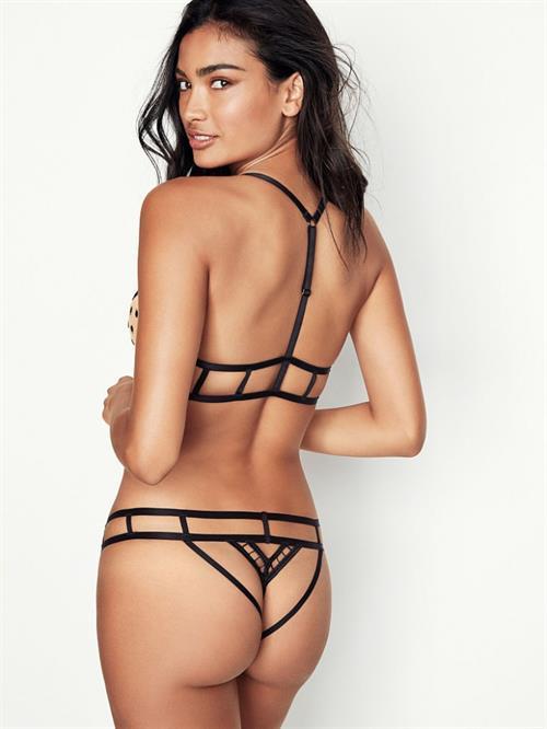 Kelly Gale in a bikini - ass