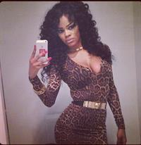 Teyana Taylor taking a selfie