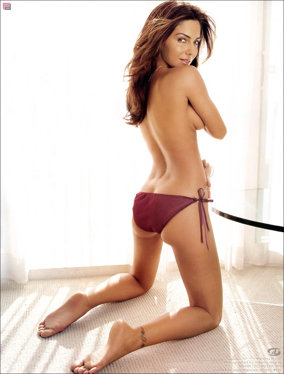 Vanessa Marcil in lingerie - ass
