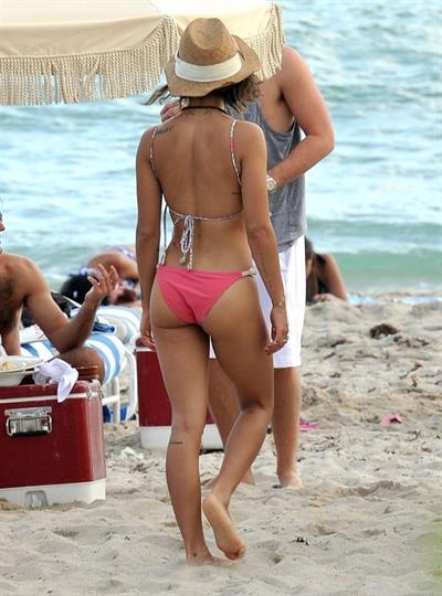 Zoe Kravitz in a bikini - ass