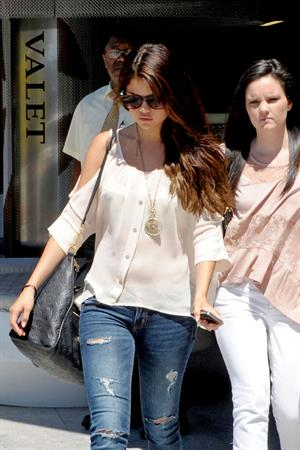 Selena Gomez at the Century Mall - August 14, 2012