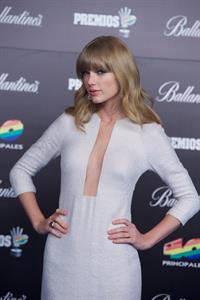 Taylor Swift Los Premios 40 Principales Awards in Madrid, January 24, 2013