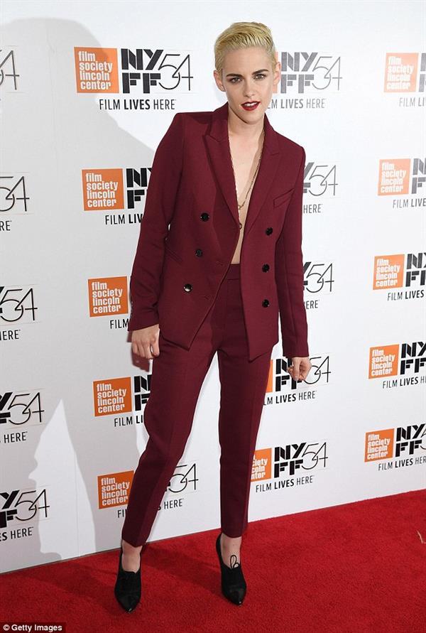 Kristen Stewart in Red suit