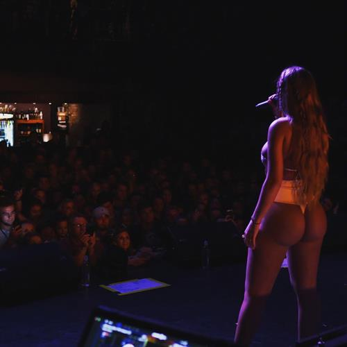Niykee Heaton - ass