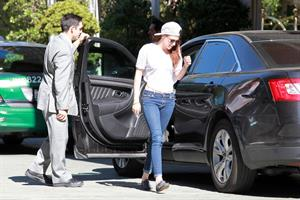 Kristen Stewart at the Four Seasons in Beverly Hills on October 29, 2012