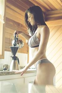 Aline Franzoi in lingerie