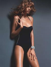 Eliza Sys in a bikini