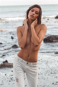 Vanessa Hanson