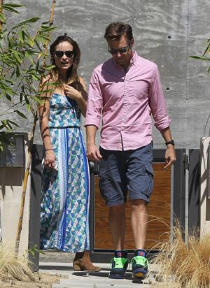 Olivia Wilde house hunting in LA 9/13/13