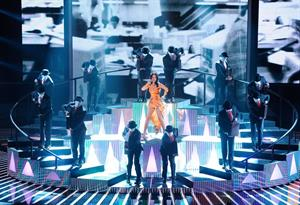 "Katy Perry – ""The Factor"" performance 10/20/13"