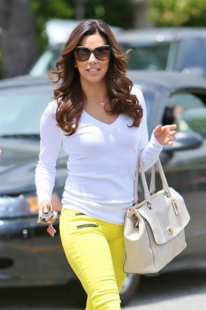 Eva Longoria Leaving Ken Paves hair salon in Los Angeles (May 22, 2013)