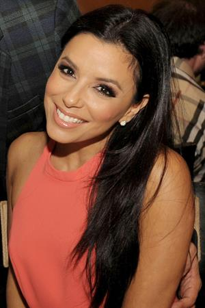 Eva Longoria Sakara Beach Club Private Dinner at Quattro in Miami Beach 29.12.12