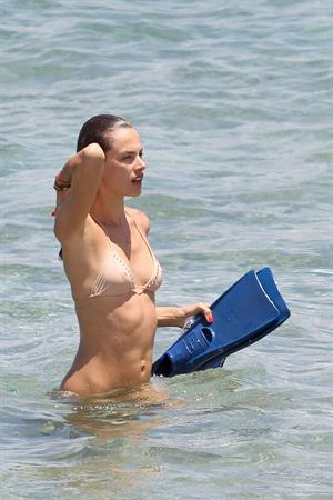 Alessandra Ambrosio on the beach in Hawaii July 30, 2010