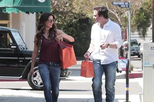 Kate Beckinsale and family - shopping in Pacific Palisades June 23-2013
